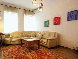 Book an apartment at Mihailovsky Lane 4, Kiev, Ukraine
