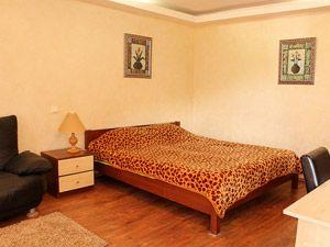 Book an apartment at Igorevskaya 2, Kiev, Ukraine