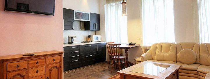 Living room of UARent Kiev rental flat at Mikhaylivski Lane 4