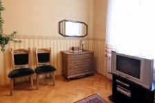 muzeiny-pereulok-kiev-flat-1.jpg
