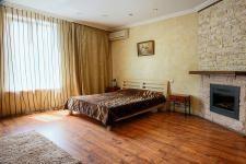 Sofievska-kiev-apartment-11.jpg