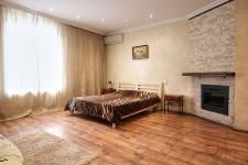 Sofievska-kiev-apartment-4.jpg