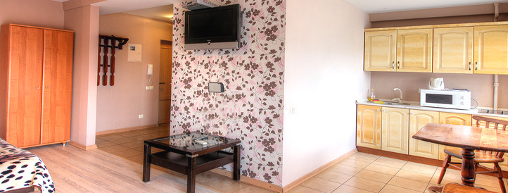 Living area of the apartment in Lesi Ukrainki boulvard 5